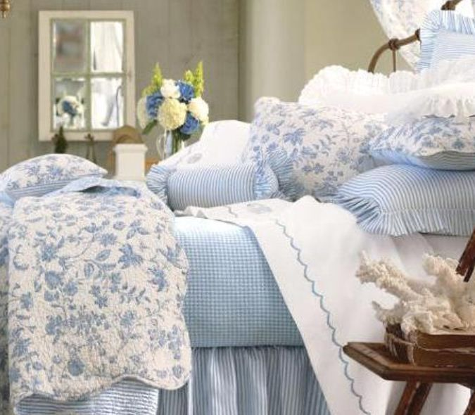 Bedroom Decorating Ideas Totally Toile: Brighton Blue 5 Or 7-Piece Value Set By Williamsburg
