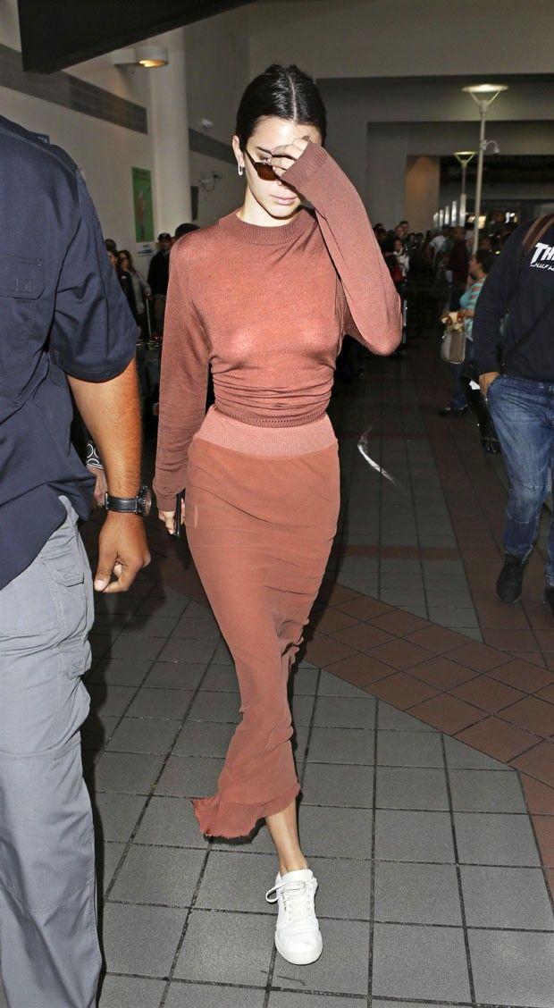 Kendall Jenner Aposta Em Look Transparente E Mostra Demais -4417