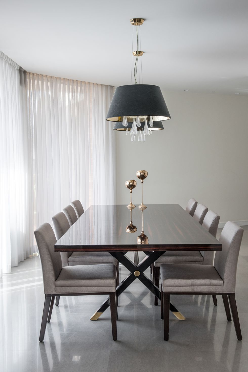Minimalist Dining Rooms That Are Far From Boring Minimalist