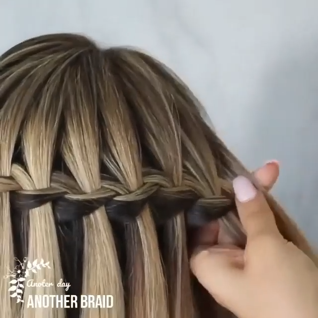 Braided hairstyles are always unique 💕