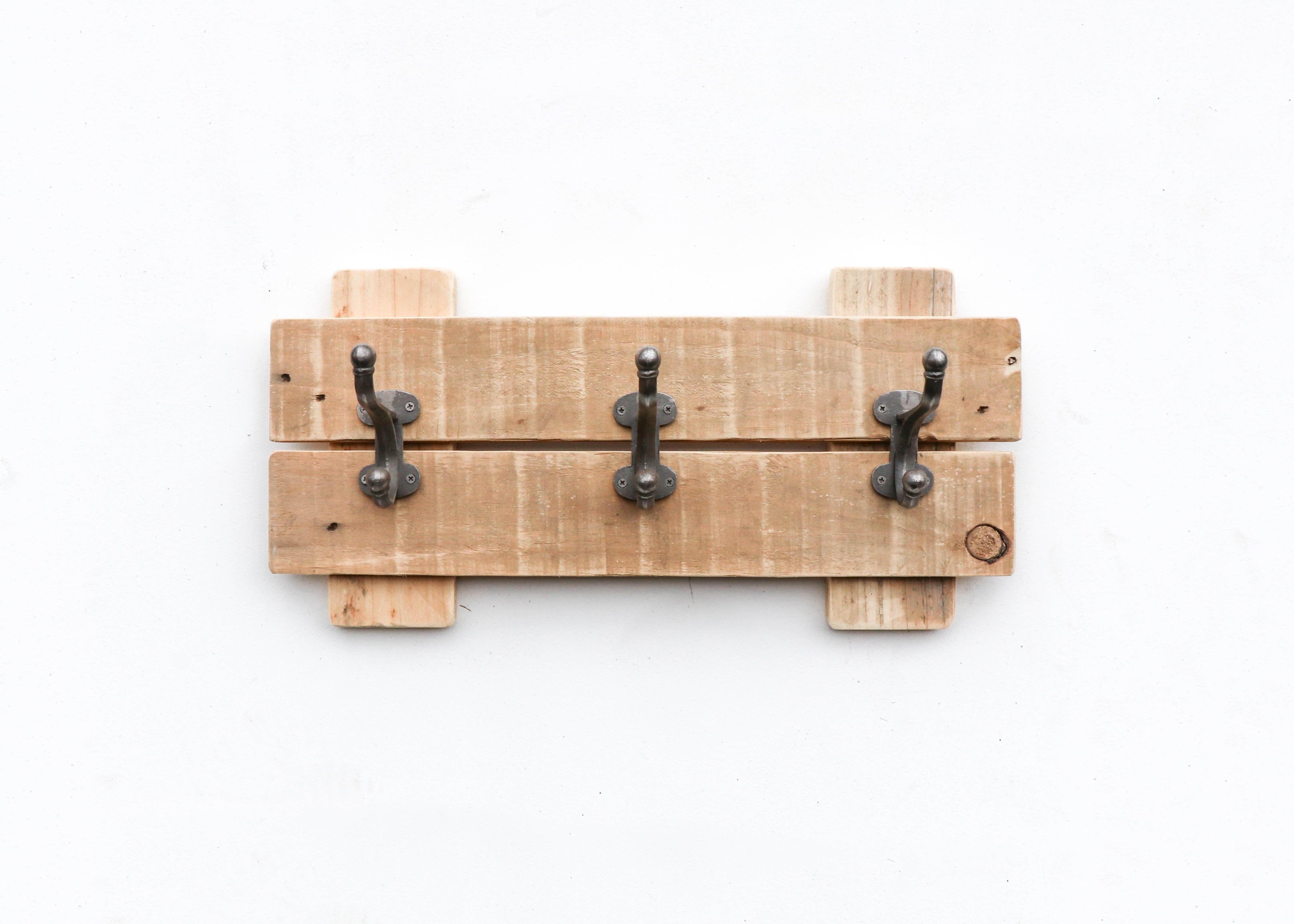 Cadiz Rustic Wall Mounted Wooden Coat Hook Rack Wooden Coat Hooks Rustic Walls Wooden Coat Hangers