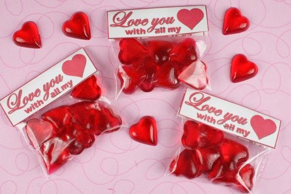 Valentine\'s Day heart shaped candy | Medical Confections ...