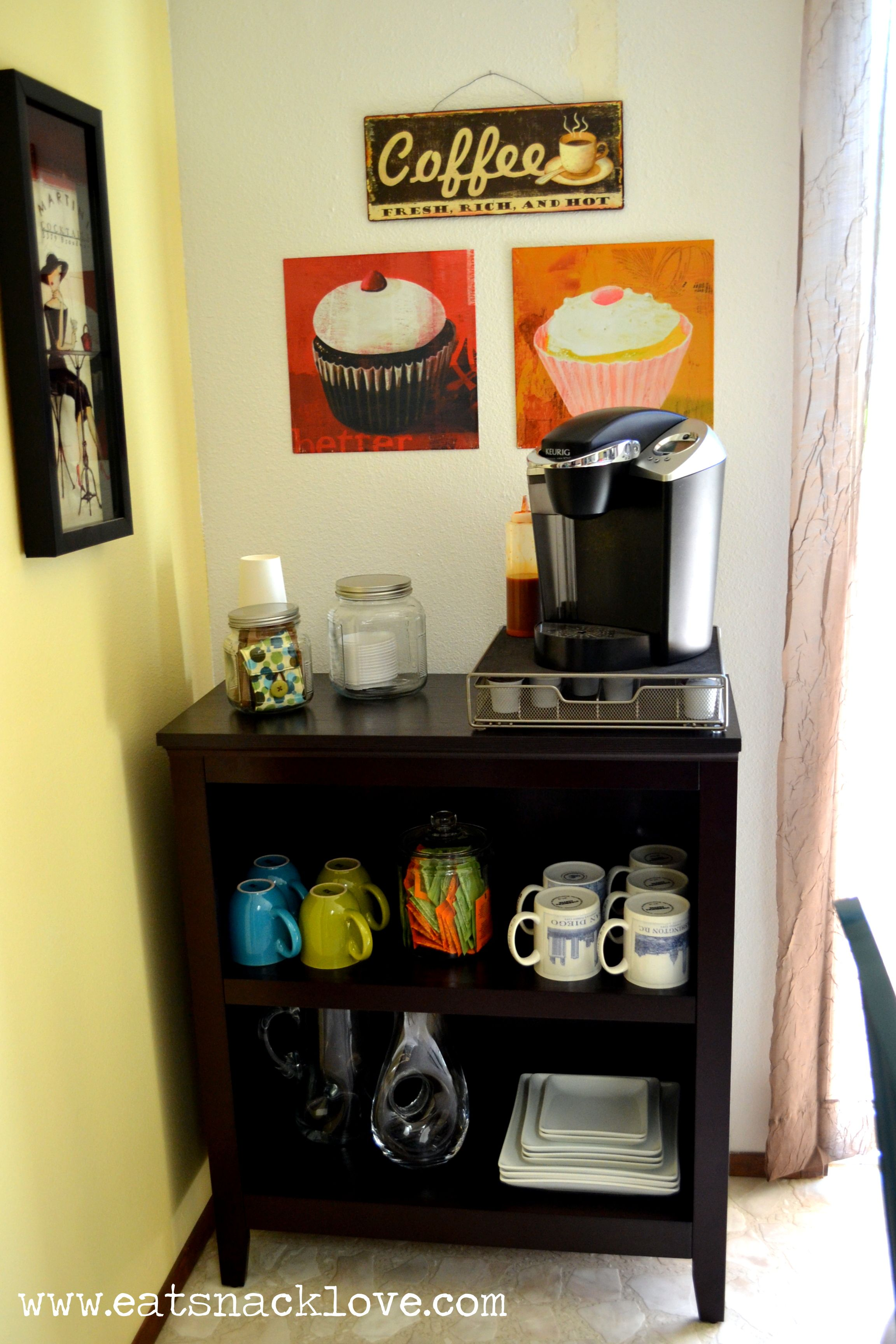 Cute kitchen coffee bar ideas top creative coffee for Coffee station ideas for the home