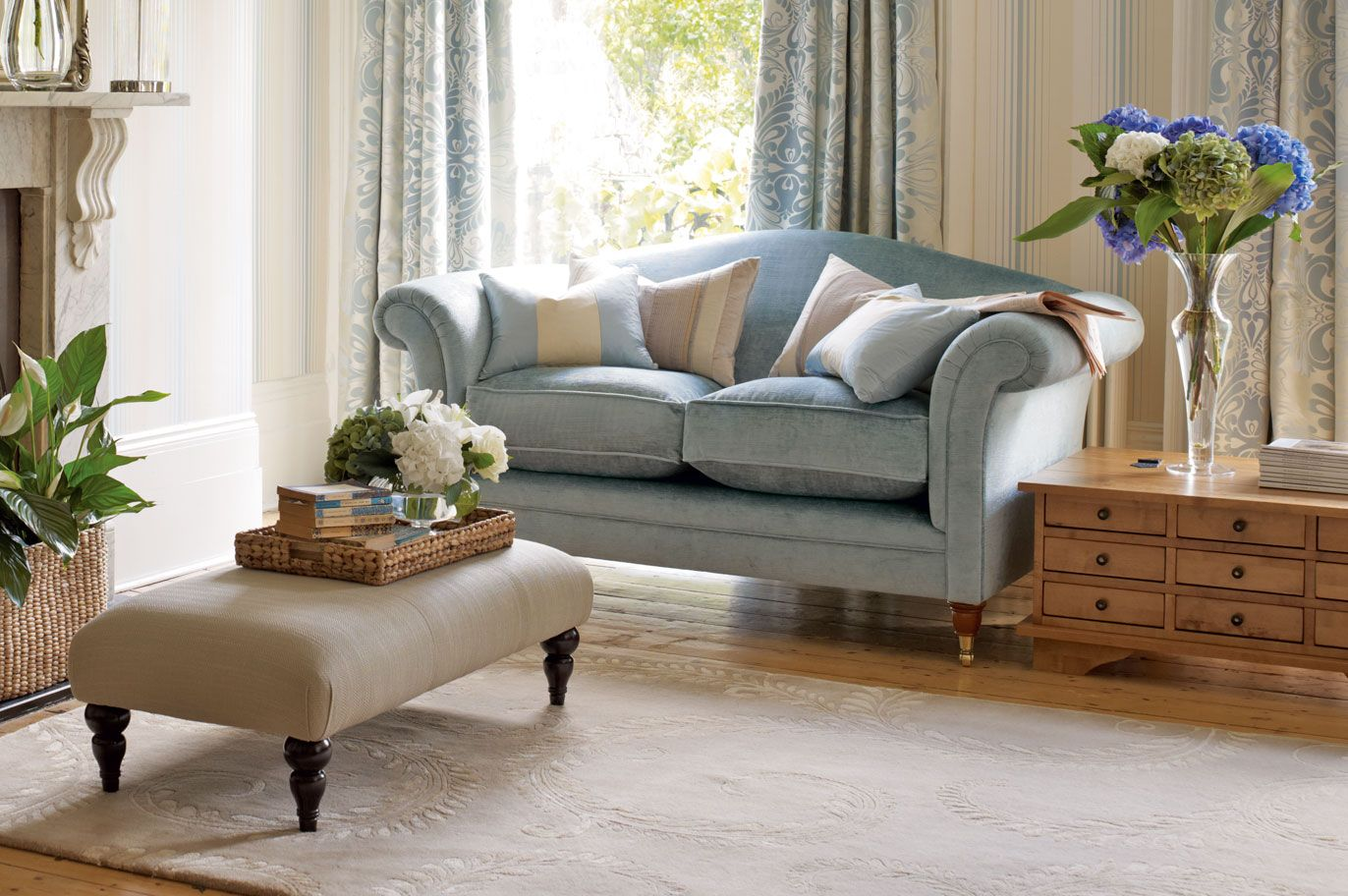 Terrific Gloucester Upholstered 2 Seater Sofa Laura Ashley Made To Evergreenethics Interior Chair Design Evergreenethicsorg