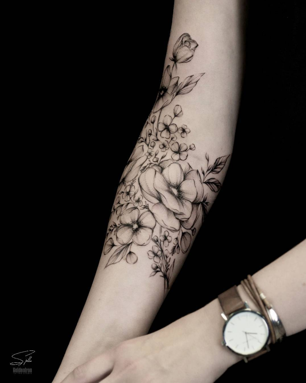 2019 Small Flower Arm Tattoos for Women · (With images)