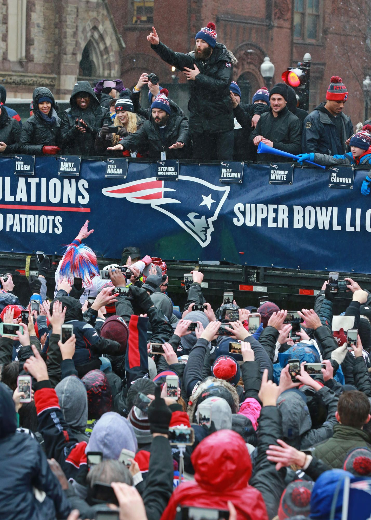 Tom Brady At Super Bowl Victory Rally We Brought It Home Video With Images Super Bowl Tom Brady Victorious