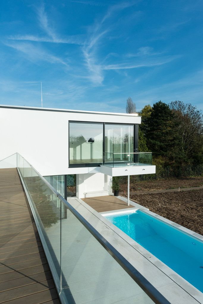 moderne h user bilder balkon als sprungbrett house. Black Bedroom Furniture Sets. Home Design Ideas