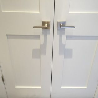 Stephanie Fortier Design Shaker Doors With Square Brushed Nickel Door Handles Door Handles Shaker Doors Door Handles Interior