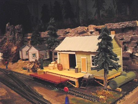Fc-The-camp-wharehouse.jpg (450×338)