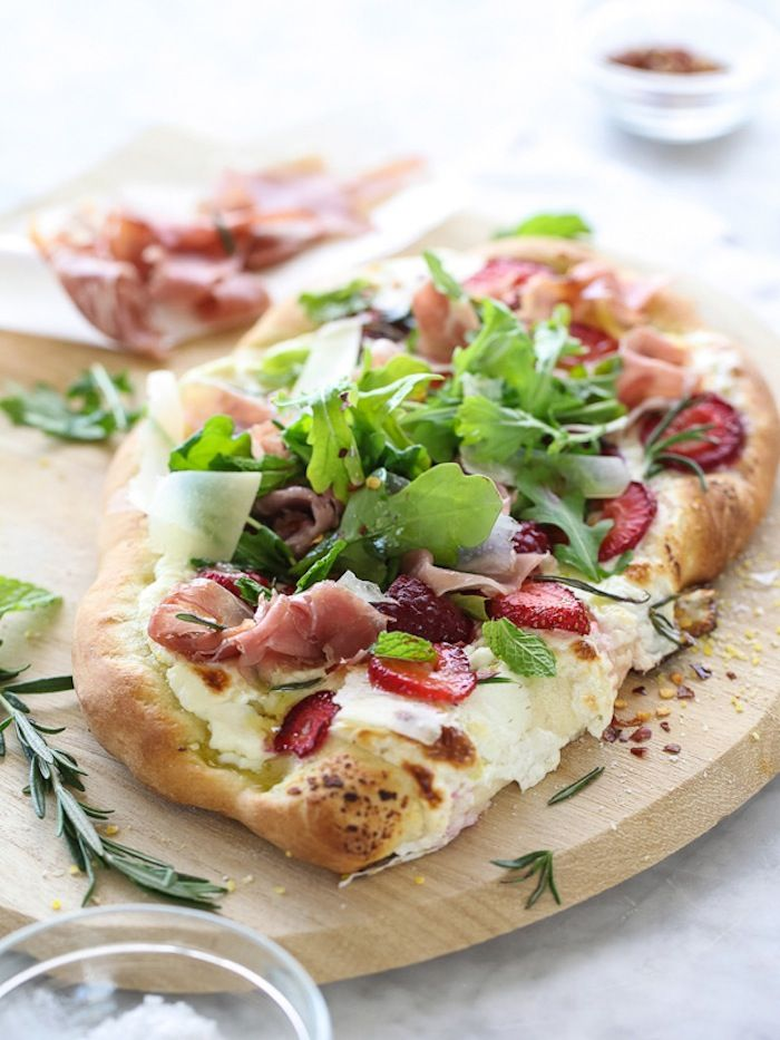 Let's make a delicious prosciutto pizza with red fruit and arugula salad. Found on FOODCRUSH!