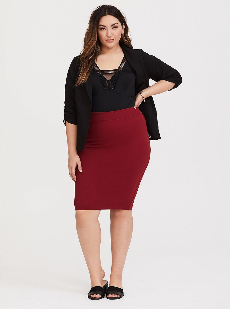 17f6d992b0 Red Ponte Pencil Skirt in 2019 | Work Outfits | Skirts, Fashion ...