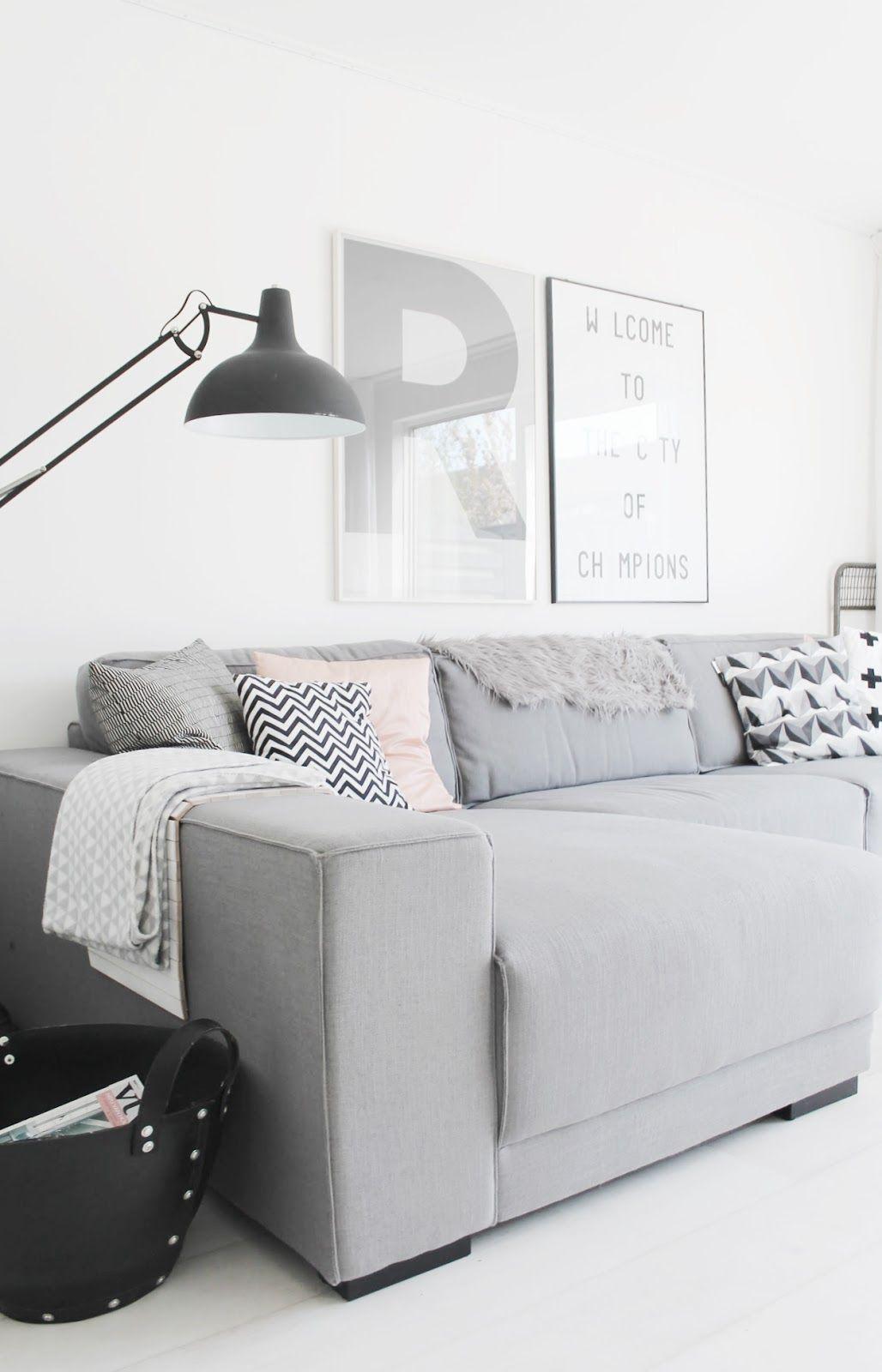 Woonkamer inspiratie | Lichte woonkamer in wit, grijs en zwart met ...