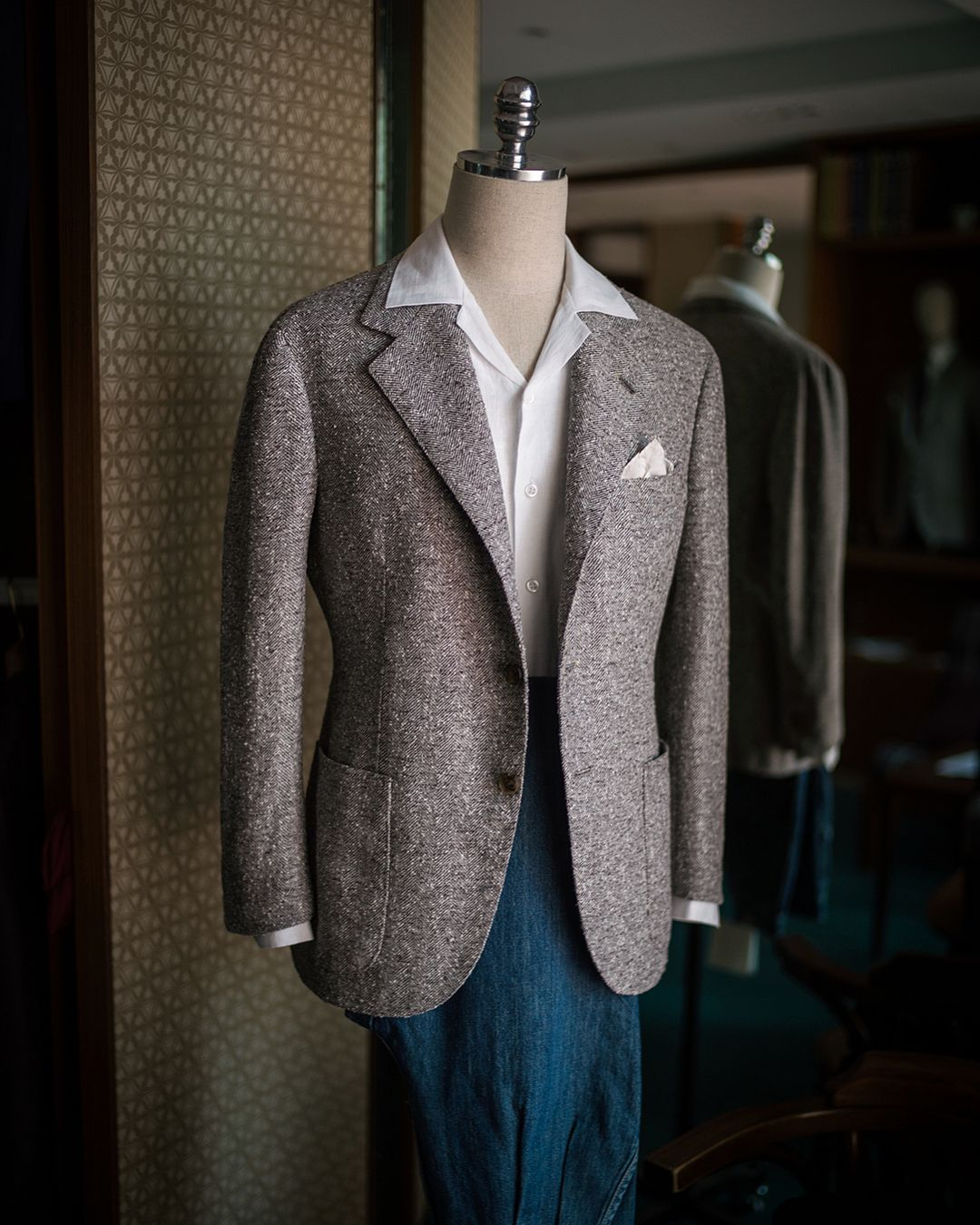 Bespoke summer tweed sports jacket with chadprom jeans