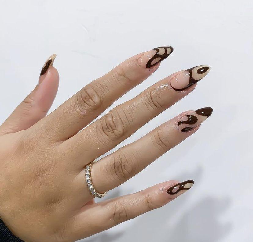 Pin by gabi on nailed it | Minimalist nails, Minimal nails