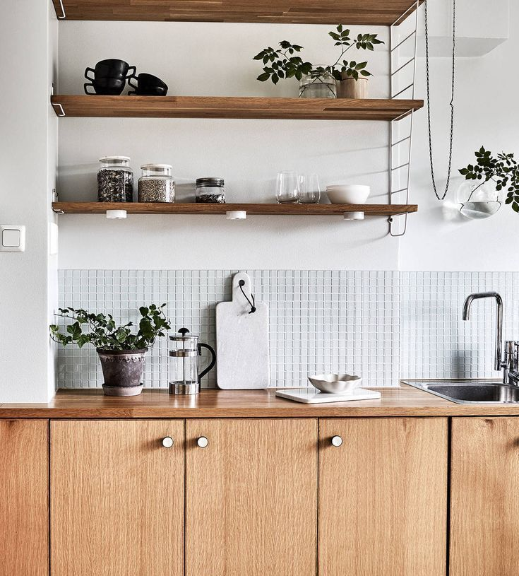Fresh monochrome home