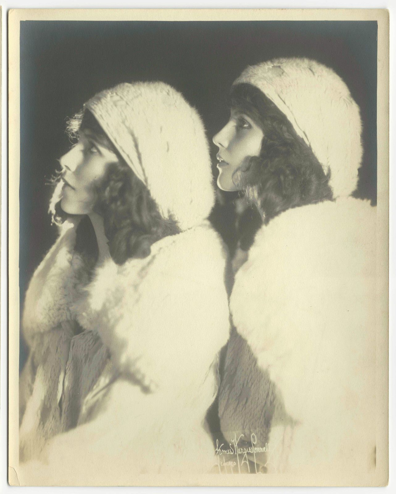 images Madeline and Marion Fairbanks