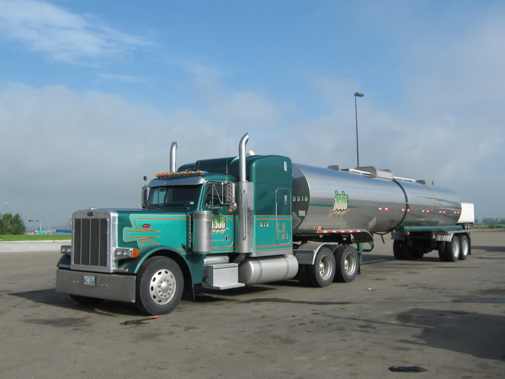 Peterbilt | Tankers | Pinterest | Peterbilt, Semi trucks and ...