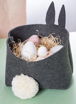 diy anleitung osterk rbchen aus filz mit schw nzchen n hen via n hen ostern. Black Bedroom Furniture Sets. Home Design Ideas