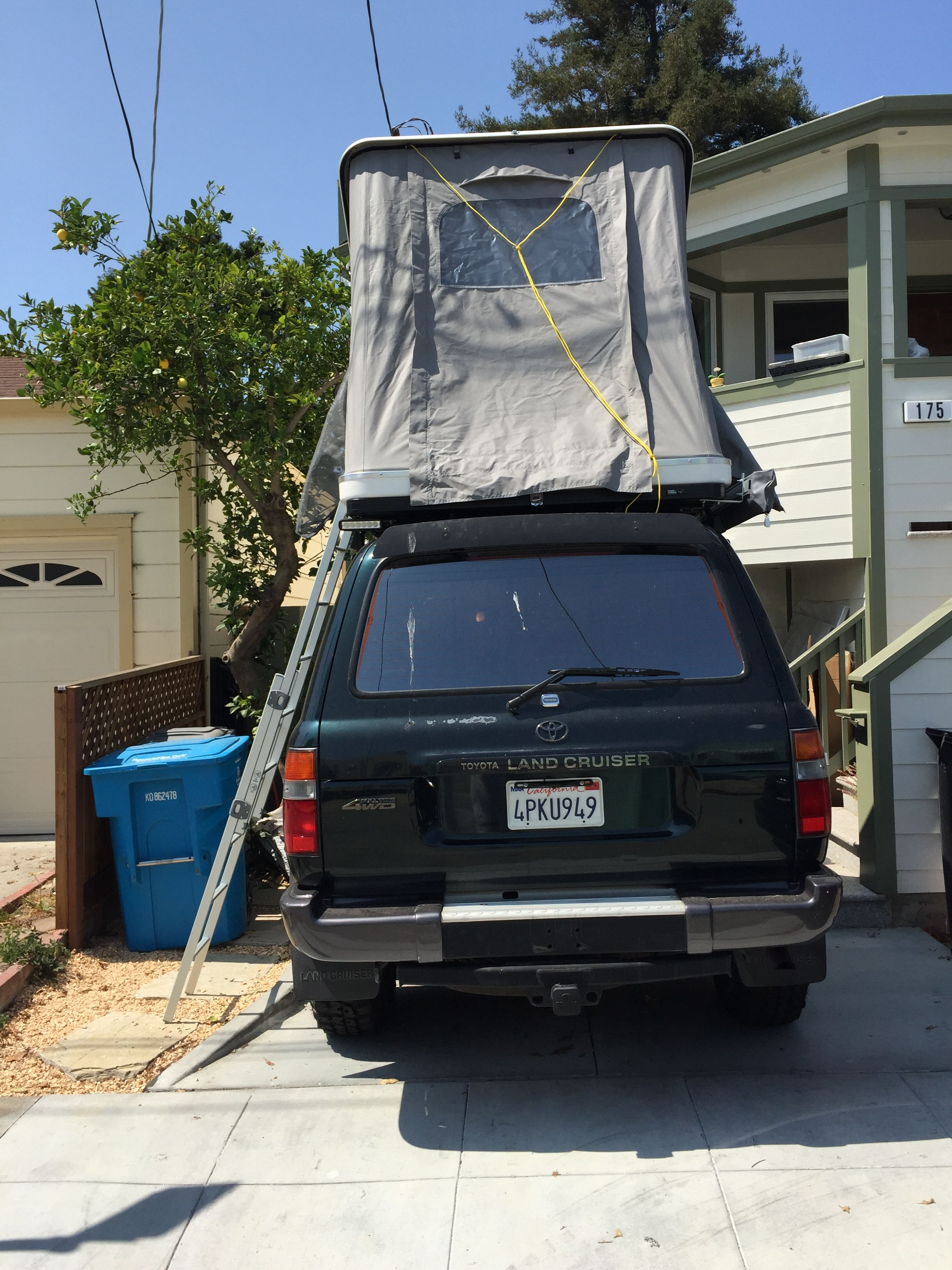 Landcruiser FJ80 with Maggionlina Columbus roof top tent & Landcruiser FJ80 with Maggionlina Columbus roof top tent ...