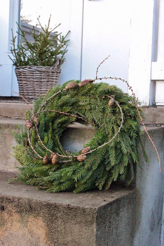 Schlicht und schön! #adventskranzskandinavisch