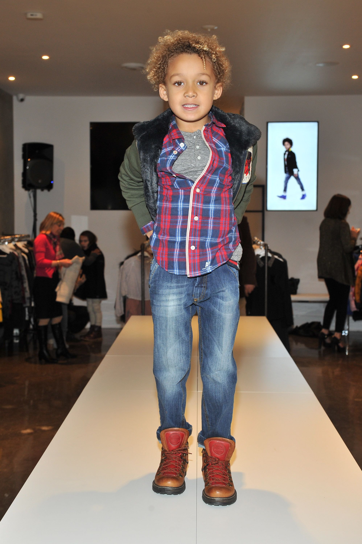 chAlkOpening JeanneBeker Fashion, Style, Model