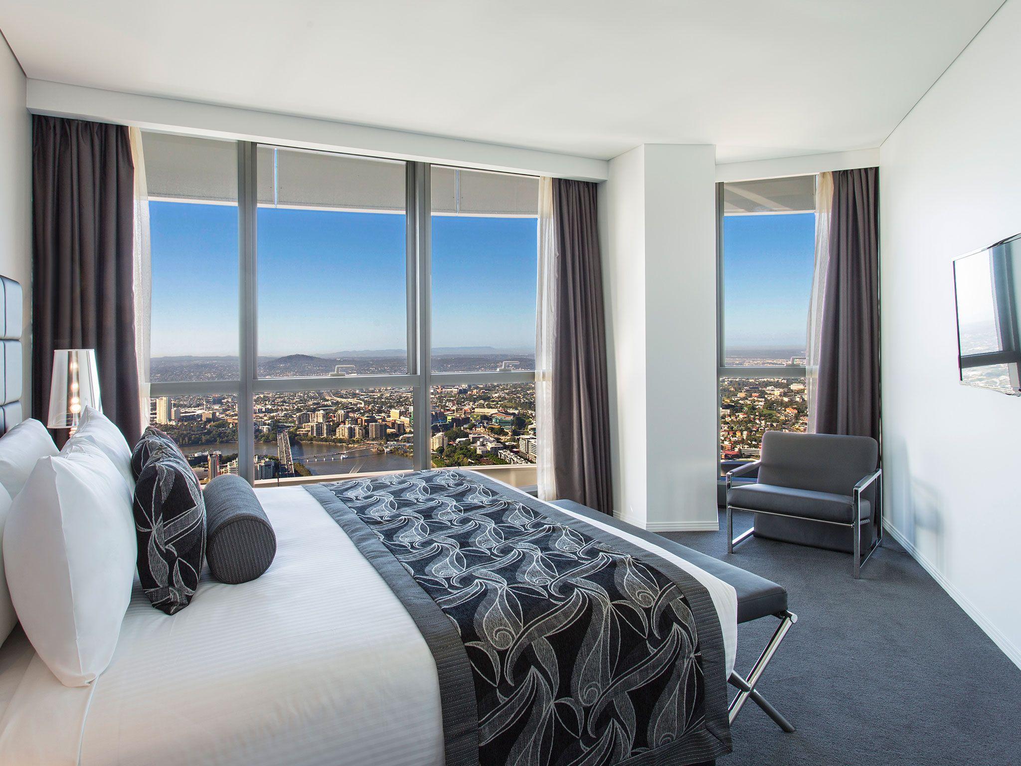 3 bedroom #penthouse apartment #meriton #luxury #hotel #brisbane