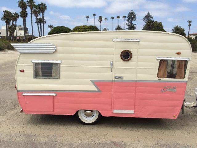 1962 Shasta Airflyte Glamping Girl Camper Trailer For Sale