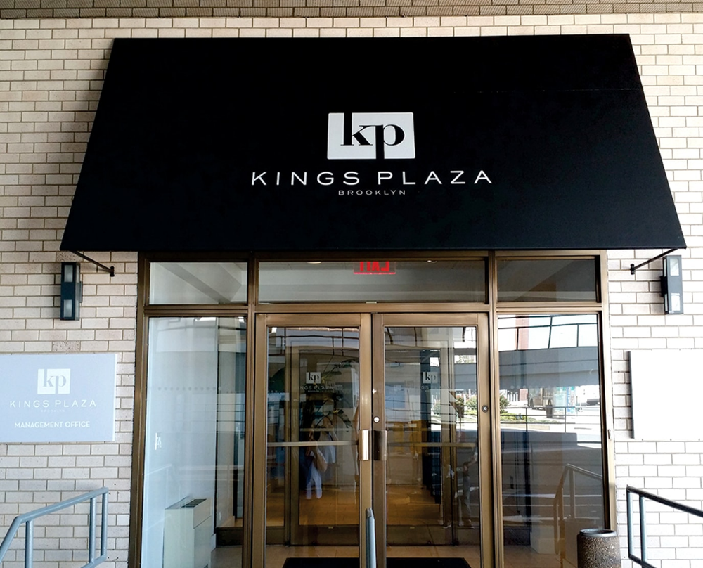 Retractable Awnings And Canopies For Storefront Brooklyn Signs Storefront Signs Retractable Awning Awning