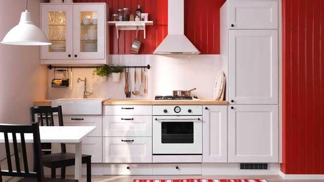 tiroirs plinthes cuisine blanche rouge