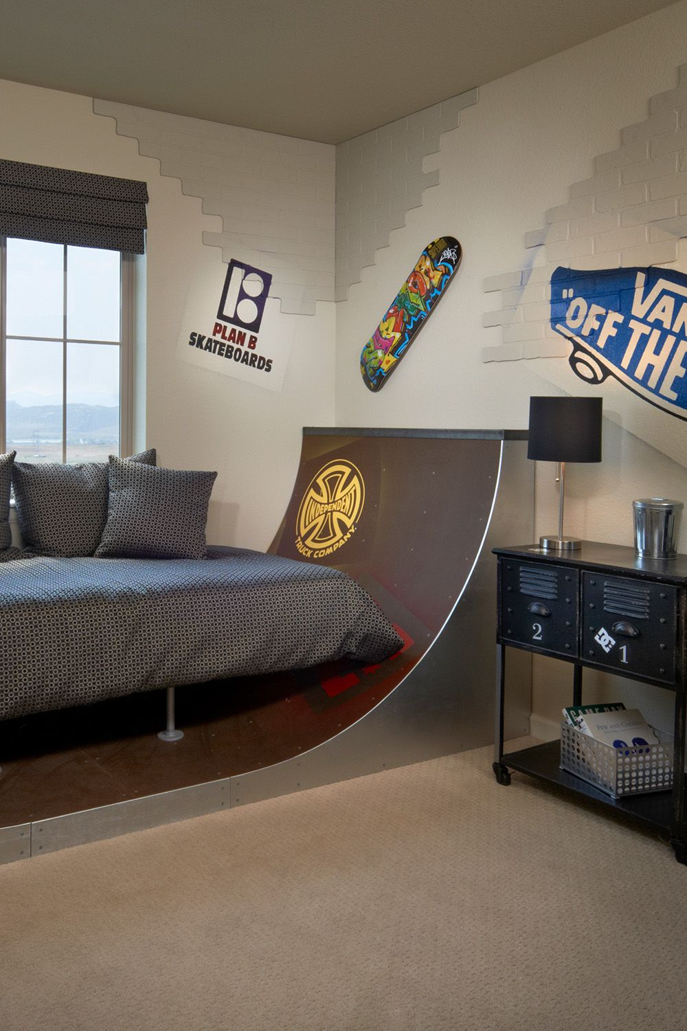 Skate Room For The Kids Skate Ramp Bed Painted Faux Brick Paneling And Skateboard Decks Make A For A Coo Skateboard Bedroom Skateboard Room Faux Brick Panels