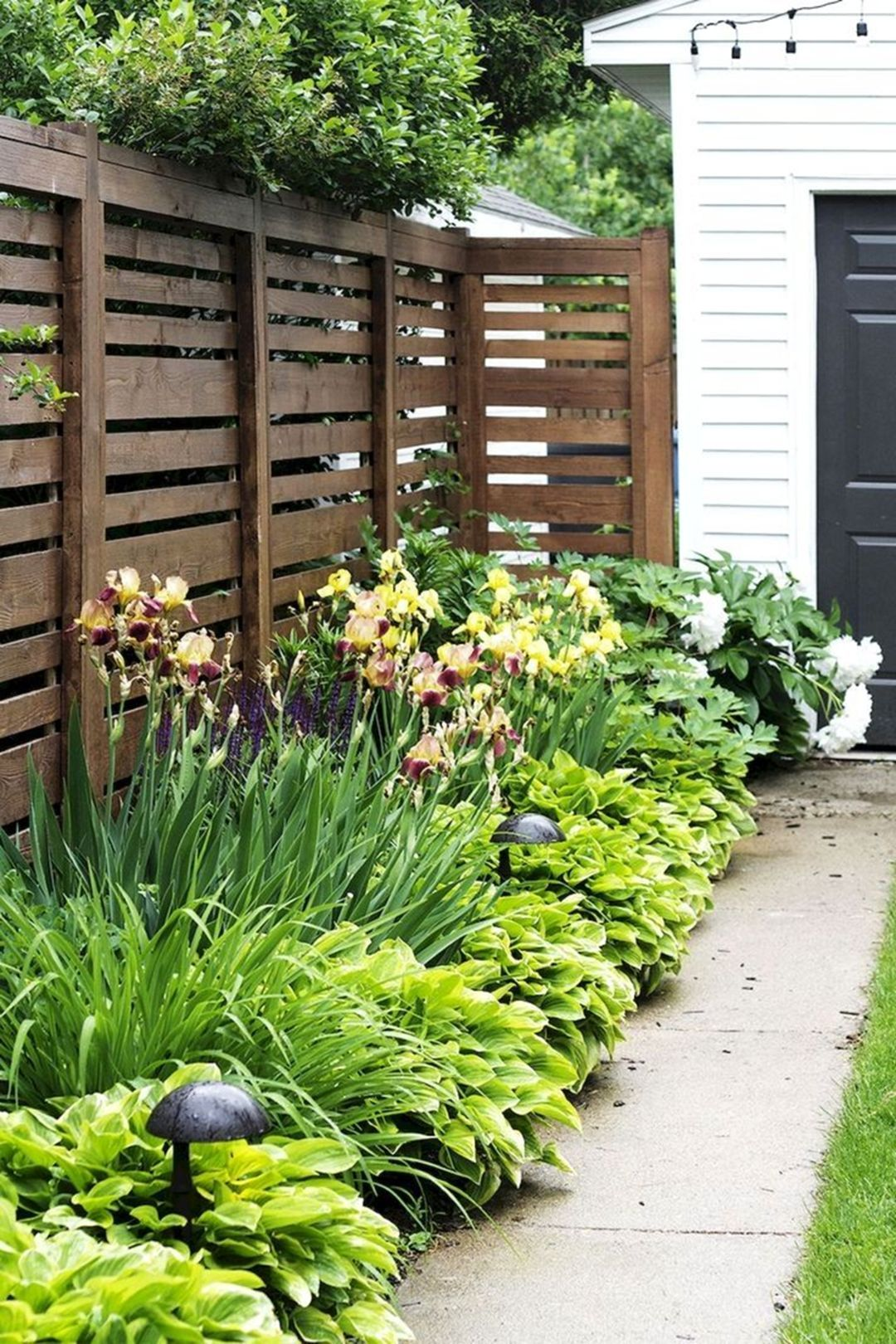 Fabulous Side Yard Design Ideas You Need To Copy With Images
