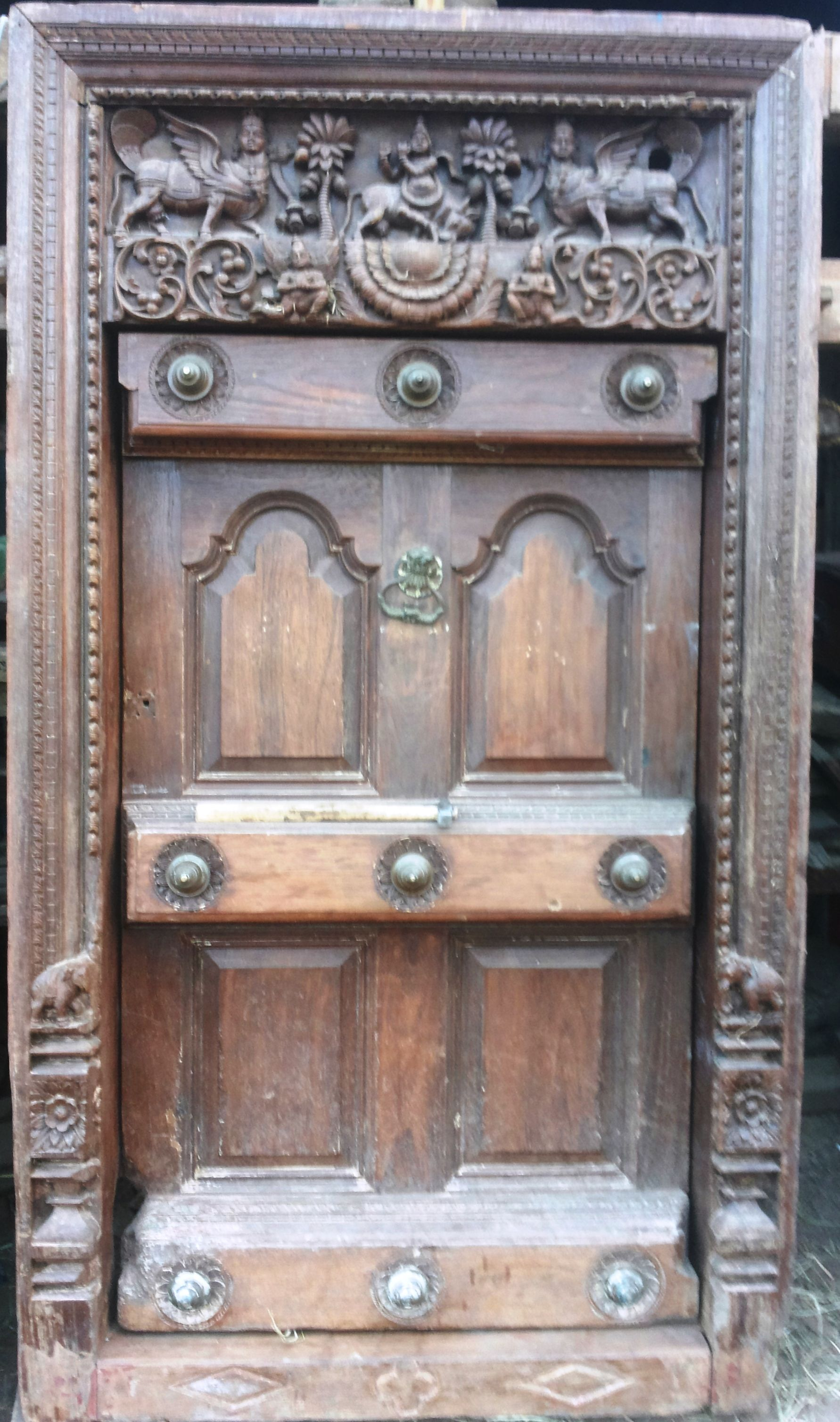 OLD WOODEN #CARVING #VINTAGE DOOR. | Wooden Carvin Door ...