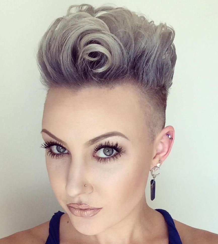 short punk hairstyles to rock your fantasy korte grijze kapsels