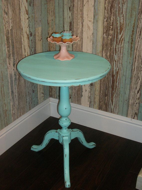 Best Vintage Distressed Tiffany Blue Round Side Table Cottage 400 x 300