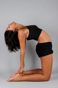 asana ustrasana kameel  everything is om  yoga poses