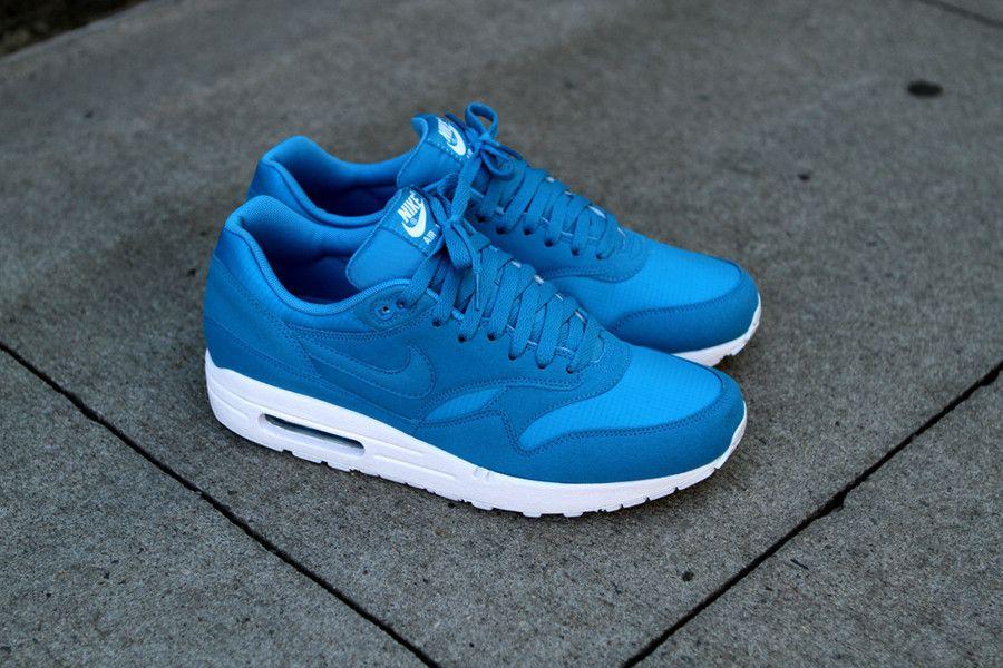 nike air max 1 dynamic blue