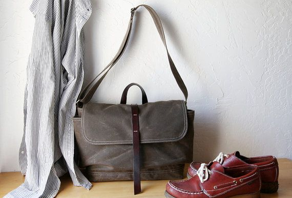 ENVIRONMENT The Day Pack in Stone Waxed Canvas and Leather // Organic Cotton Lining