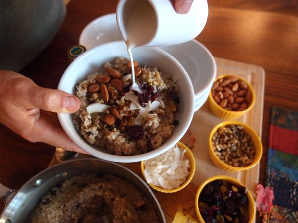 Oats of the Week: Oatmeal Topping Bar #athletefood