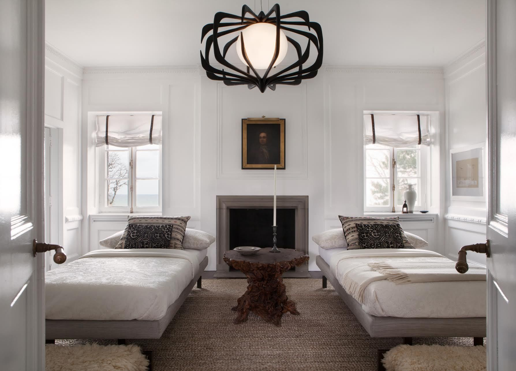 5 Tips From an Unconventional Guest Room   Lonny.com