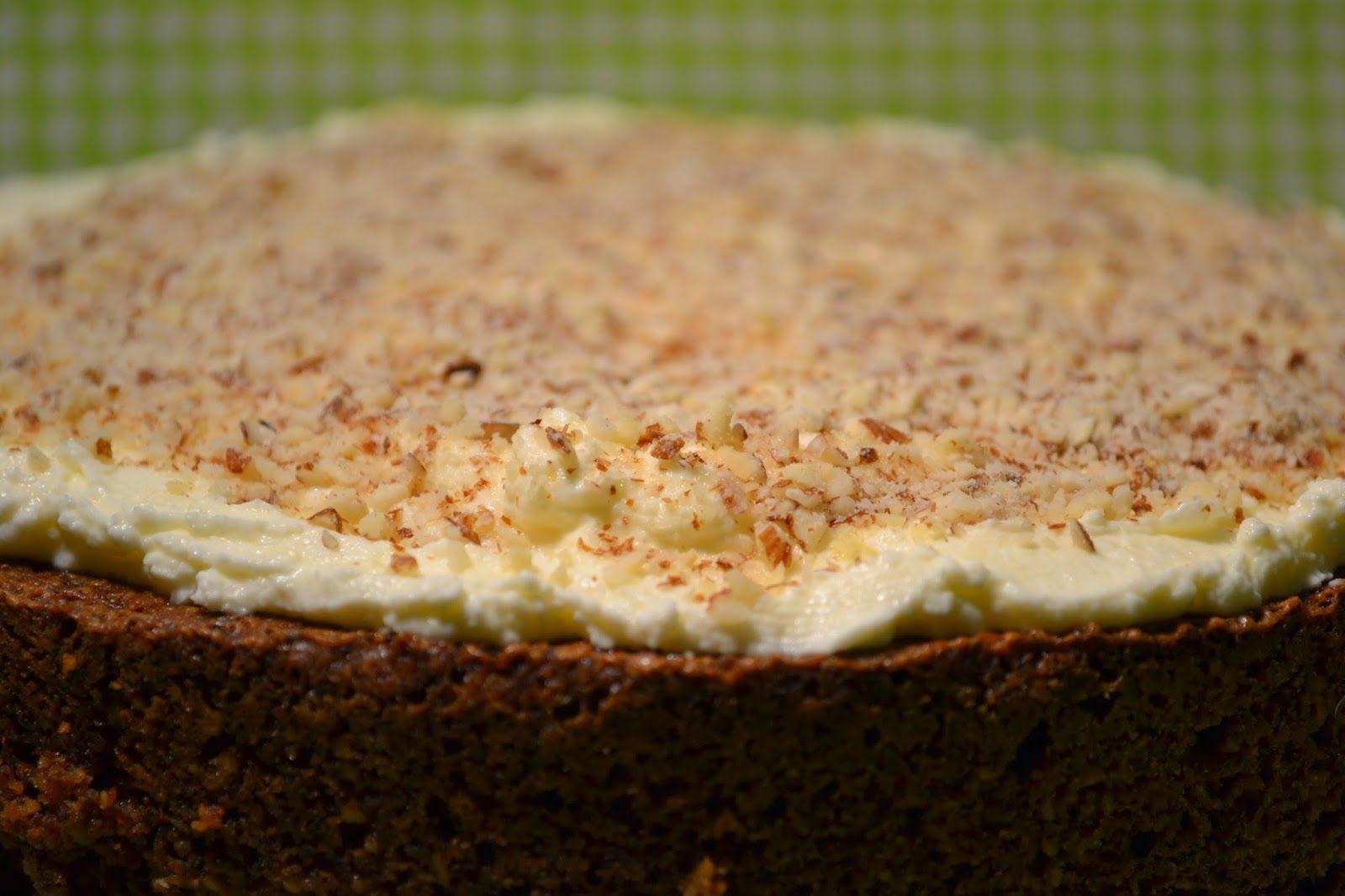Mrkvový koláč s krémom