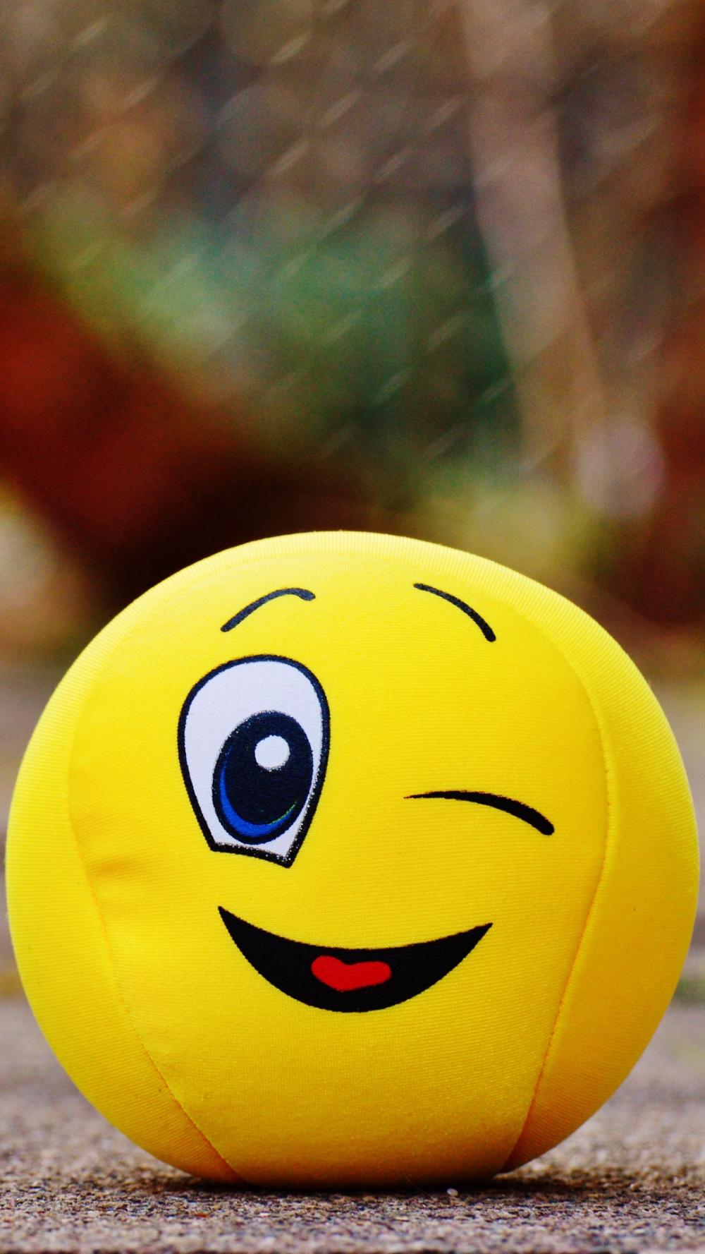 Ball Smile Happy Toy Whatsapp Profile Picture Smile Wallpaper Emoji Wallpaper