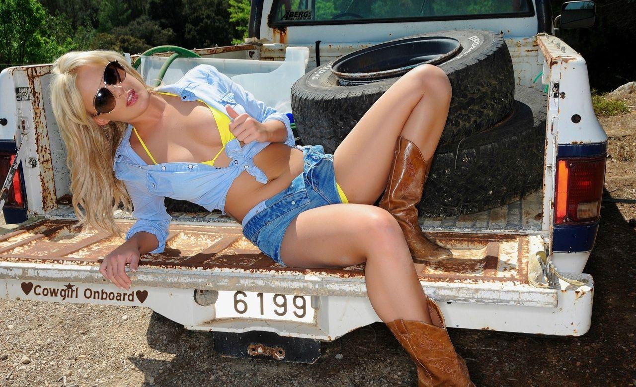 Permalink to Hot Girl Wallpaper Beach Redneck