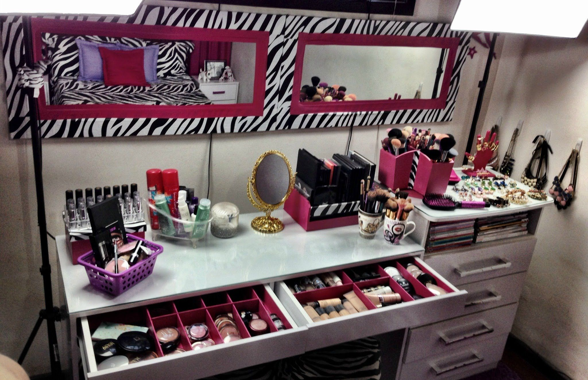 Meu Cantinho De Maquiagem 2013 Penteadeira Pinterest