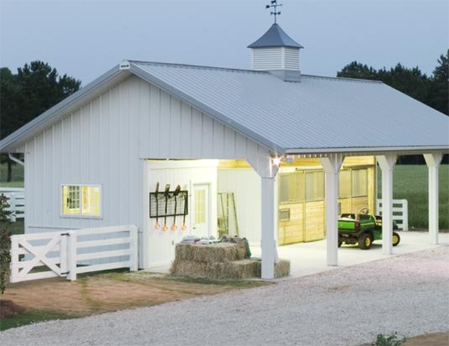 Stable style small barns small horse barns horse barns for Small horse barn plans
