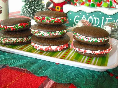 Chocolate Peppermint Christmas Whoopie Pies