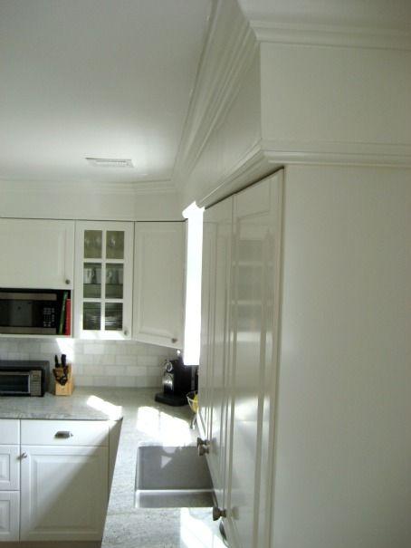 Ikea lidingo kitchen installation with crown molding for Crown molding installation kitchen cabinets