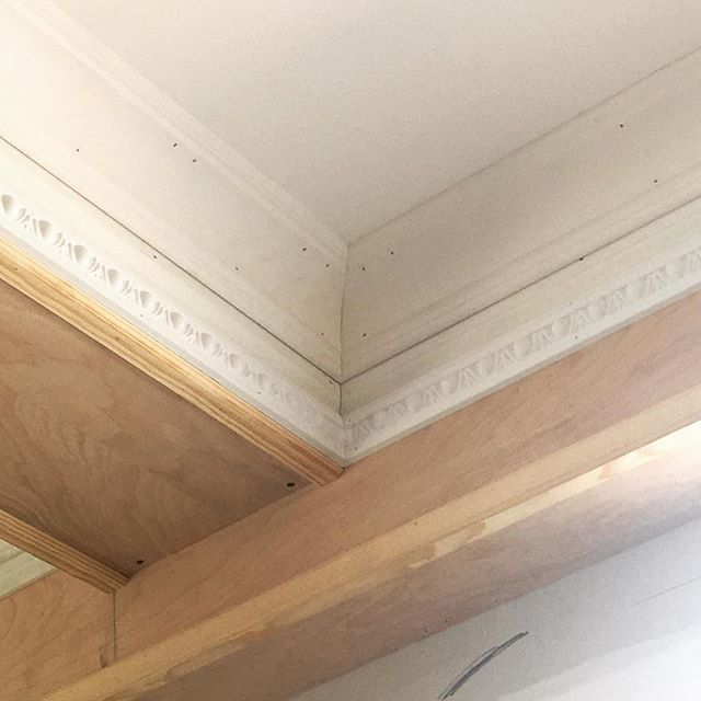 Moldings moldings moldings! Loving this egg and dart detail!  #moulding #egganddart #interiors #instahome #architecture #construction #the_real_houses_of_ig #interiordesign #design #designbuild #carpentry #wood #millwork #woodworking