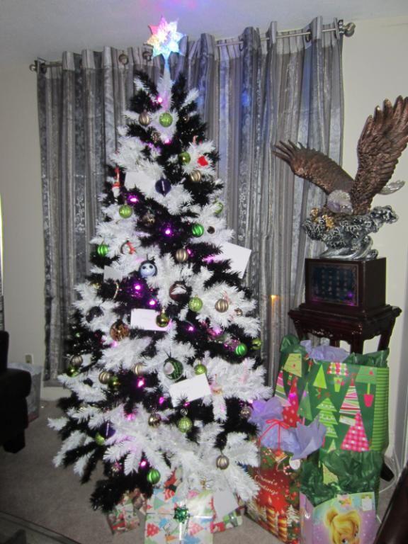 Zebra Striped Christmas Tree Unique Christmas Trees Green Christmas Tree Colorful Christmas Tree