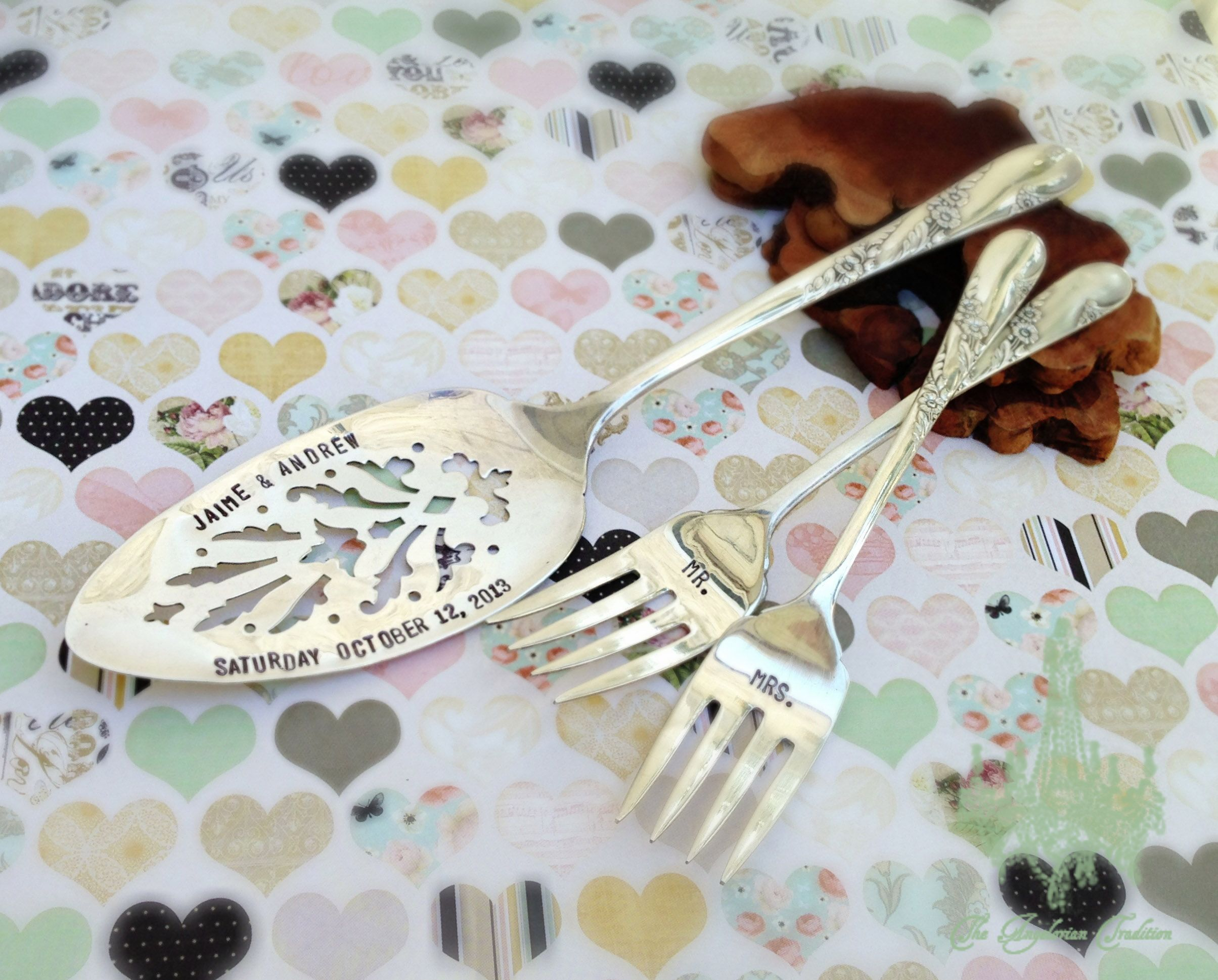 Custom wedding cake server forks bridal wreath pattern