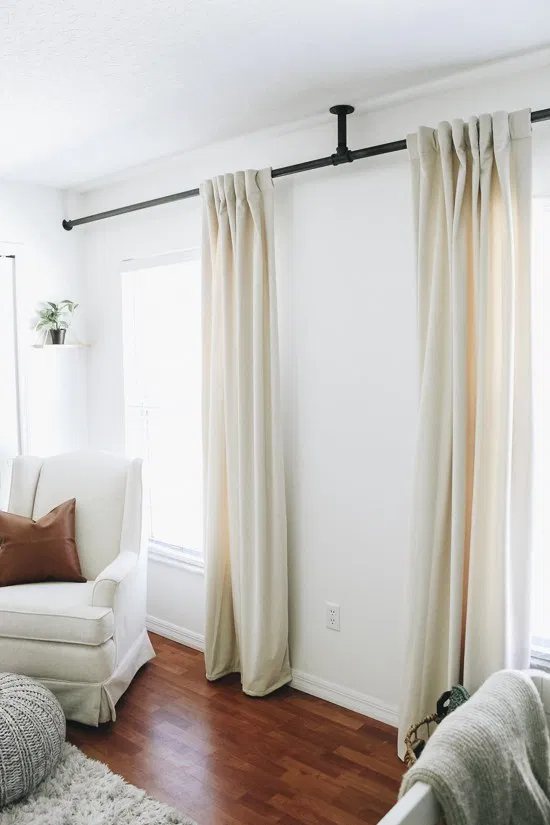 Diy Curtain Rod In 2020 Diy Curtain Rods Diy Curtains Room